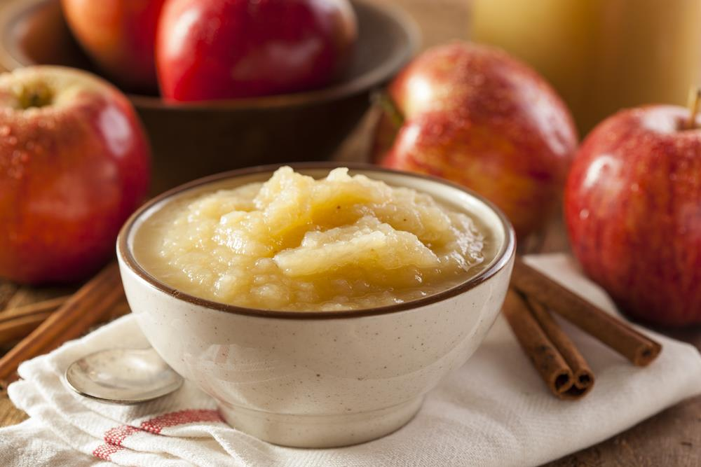 Can Dogs Eat Applesauce Safely